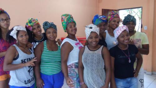 Workshow_mit_jungen_afro-brasilianischen_Frauen_zur_Persoenlichkeitsstaerkung